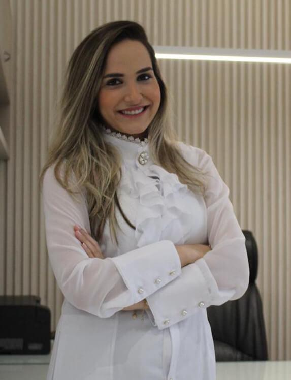 Dra Amanda Tauana